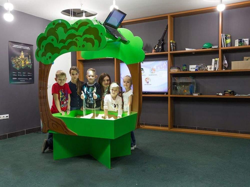 Интерактивная песочница-умный стол «Полянка»